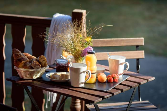 Petit-déjeunerRives Nature Cottages et Camping en Bretagne